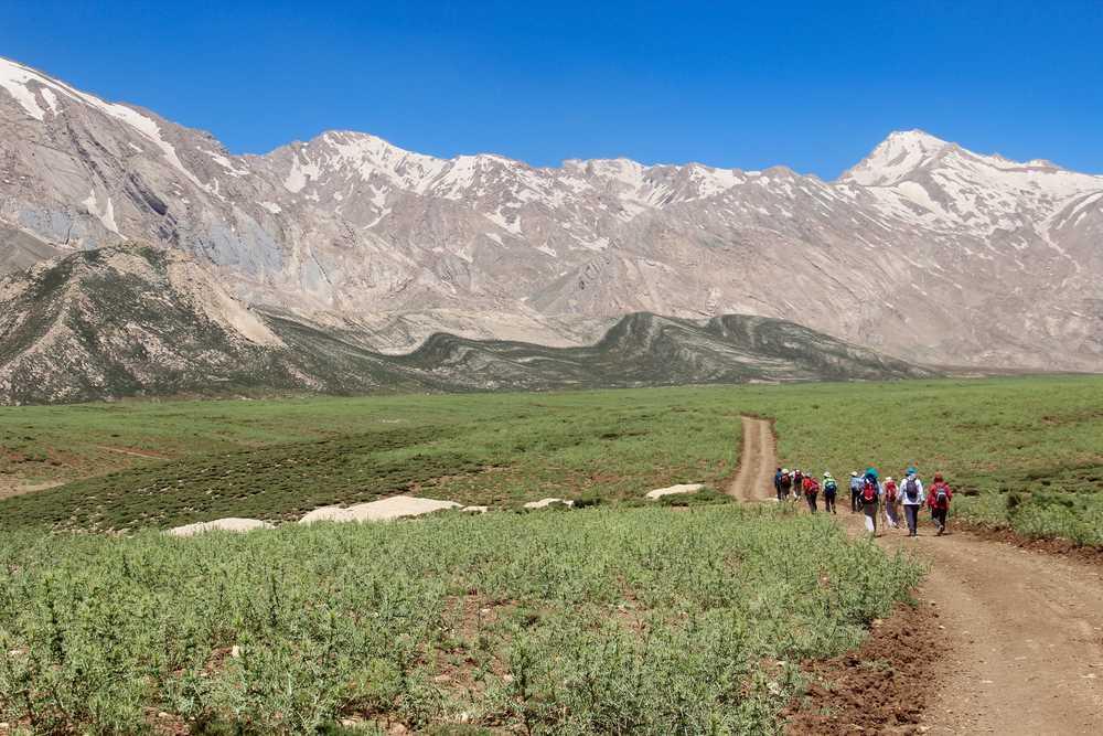 Randonneurs dans les monts Zagros