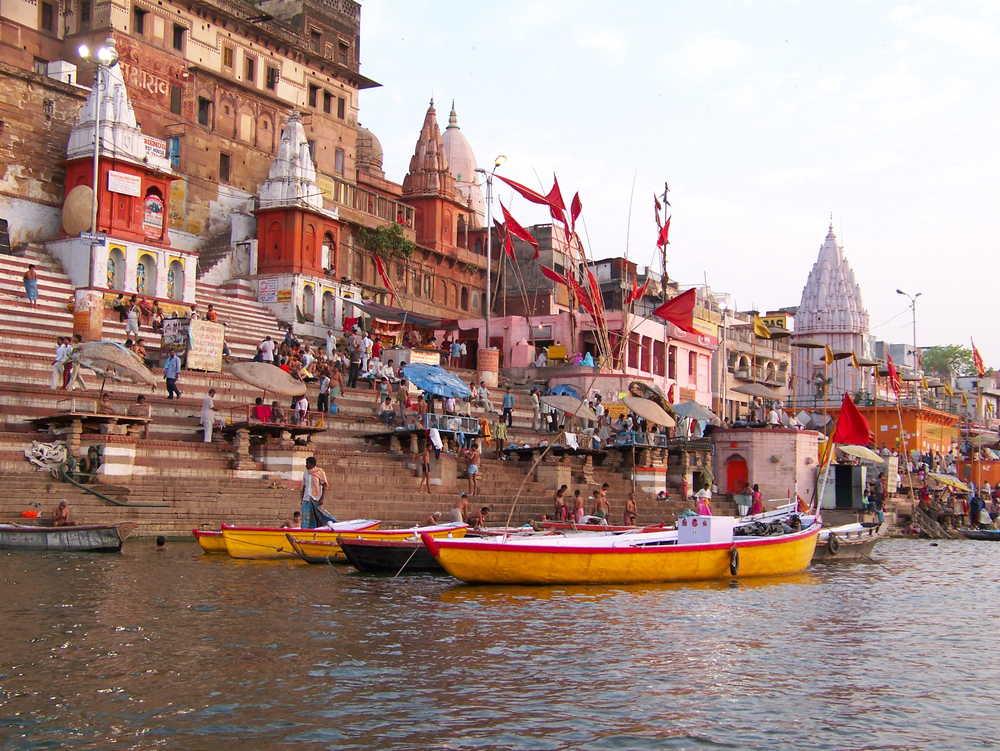Sur les bords du Gange, à Vanarasi, Inde