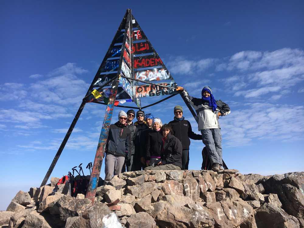 Valentin et son groupe au sommet du Mont Toubkal