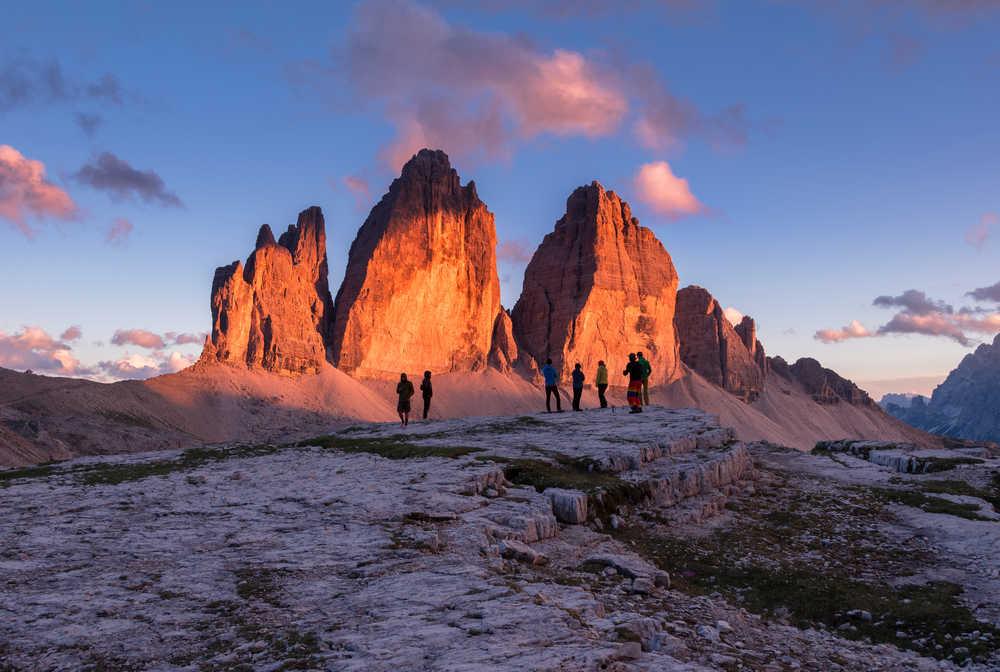 Coucher de soleil sur les Tre Cime di Lavaredo dans les Dolomites