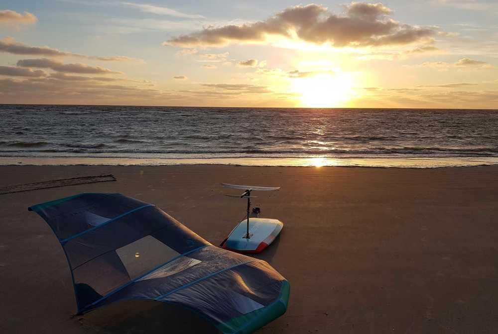 wingsurf session à Tarifa avec ION CLUB