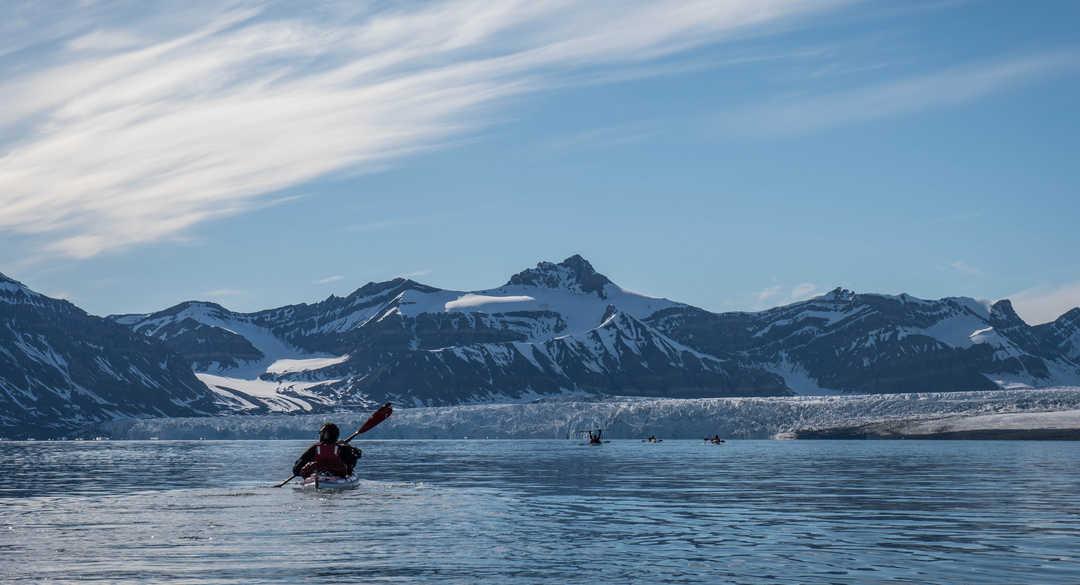 Kayak de mer en Arctique en été, Svalbard