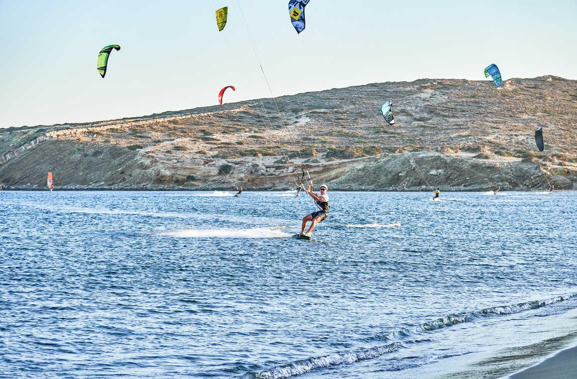Kitesurf sur la plage de Prasonisi, Rhodes