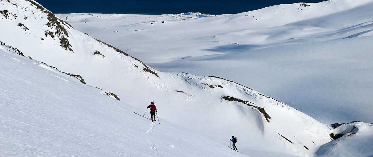 Ascension en ski de rando en Arctique au Spitzberg, Svalbard