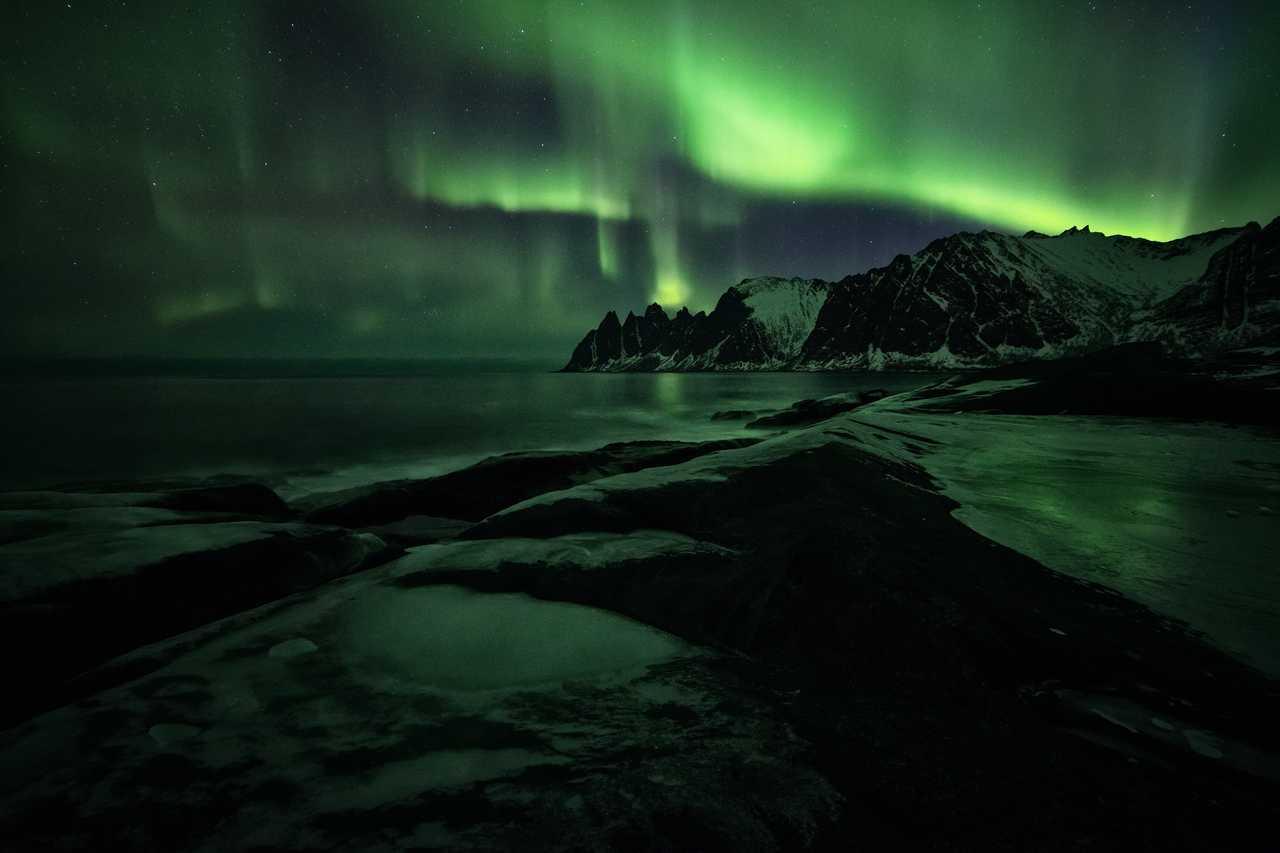 Aurores boréales en Norvège Senja