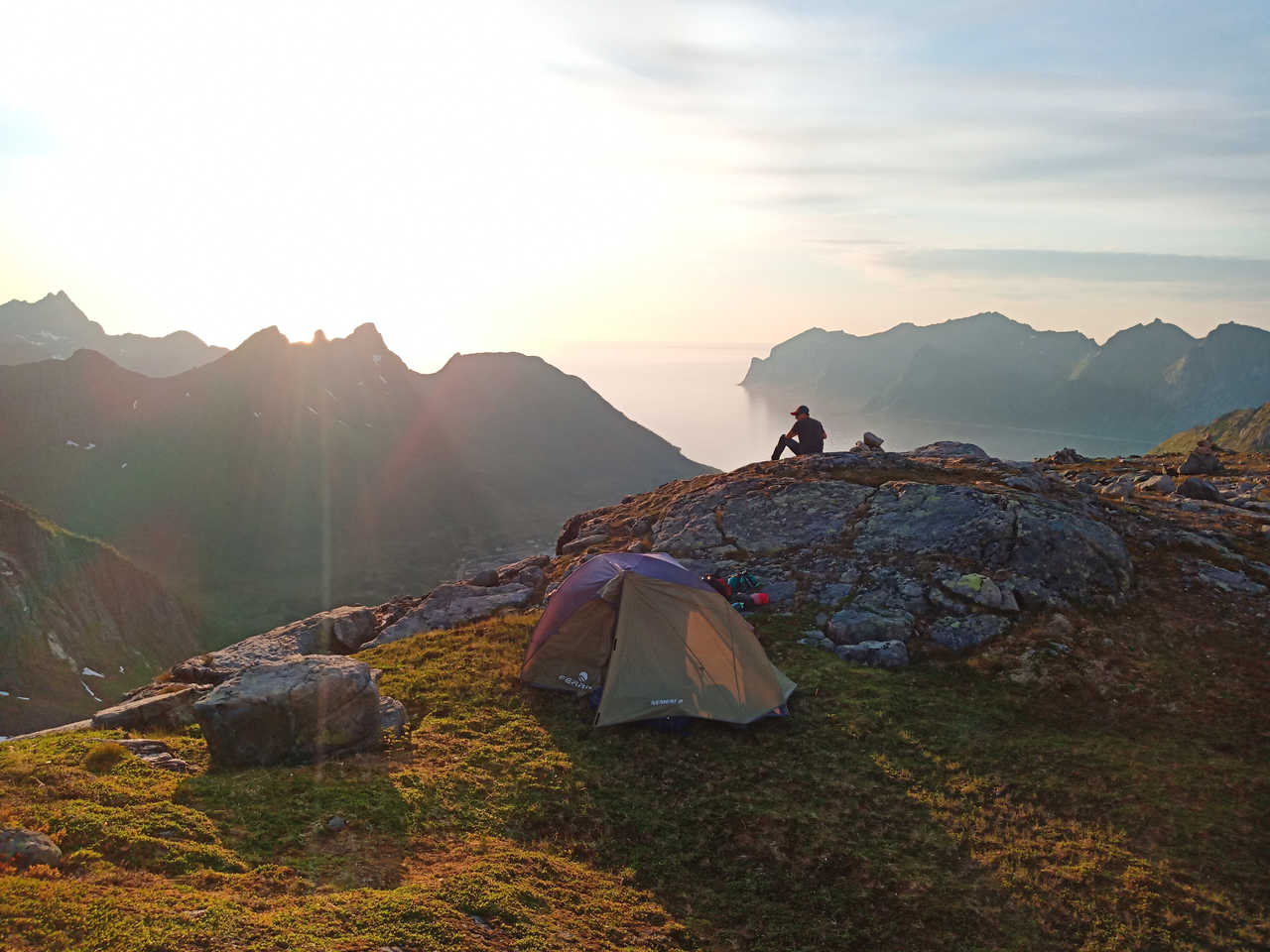 Bivouac au sommet, Senja, Norvège
