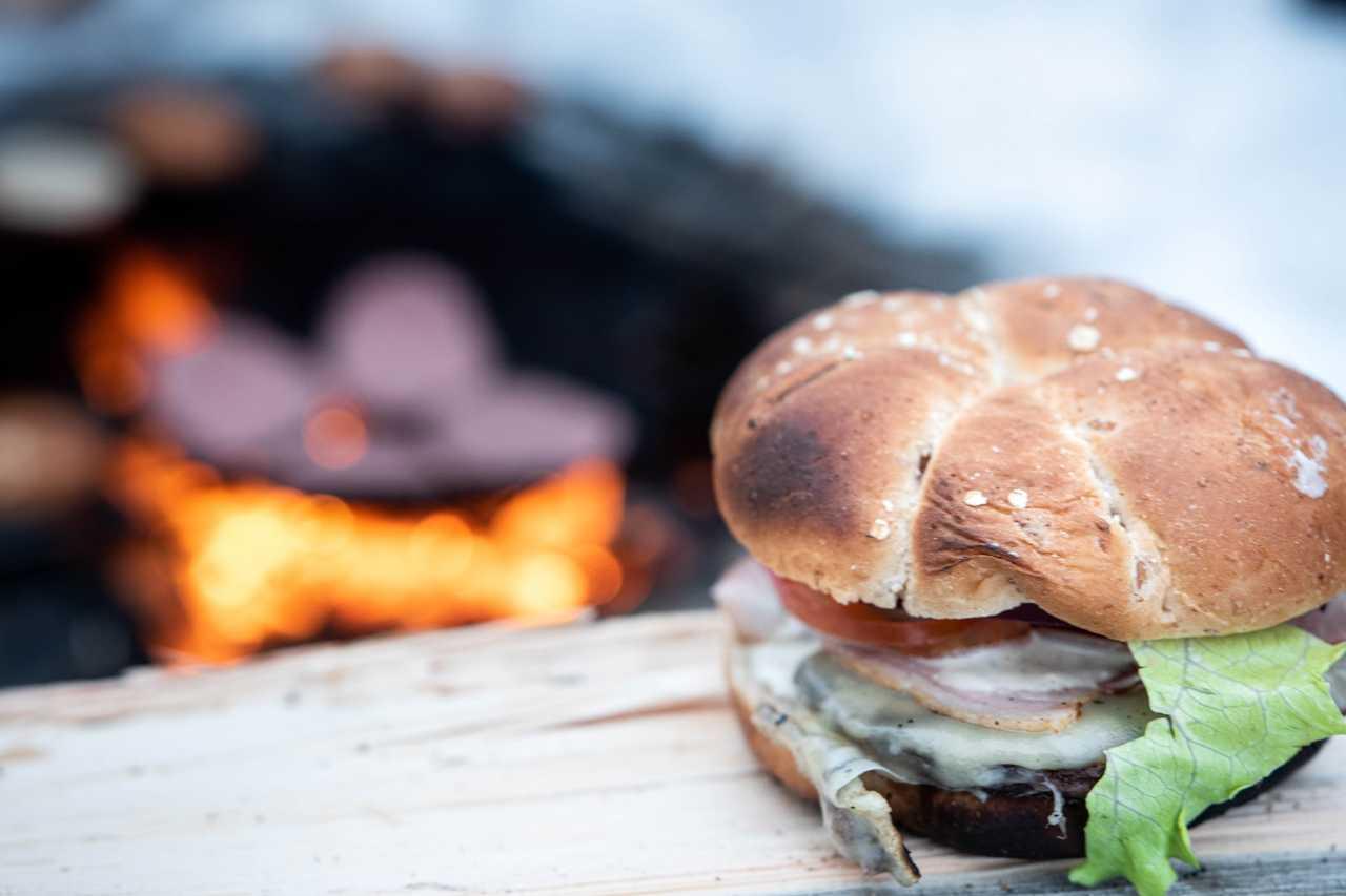 Burger au feu de camp