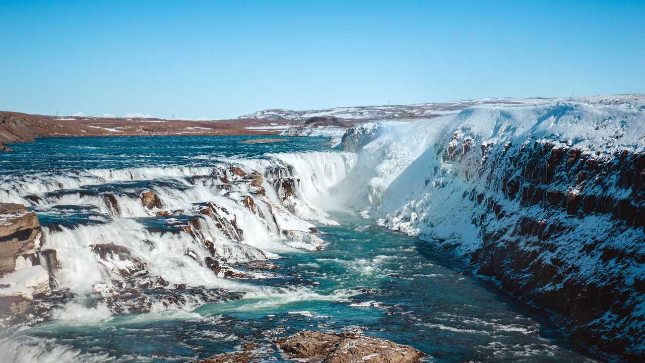 Cascade Islande l'hiver