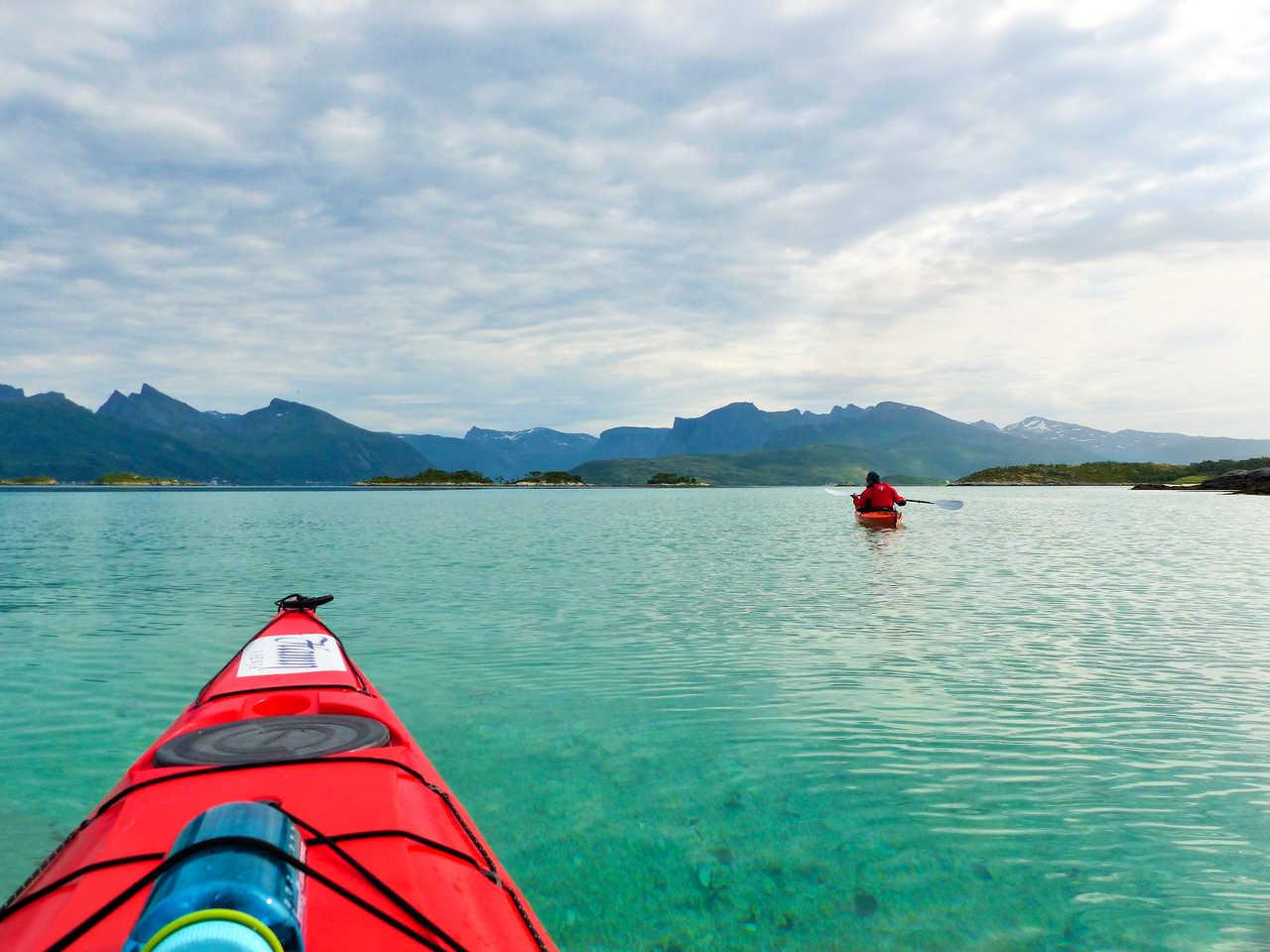 Kayak de mer dans les fords de Norvège