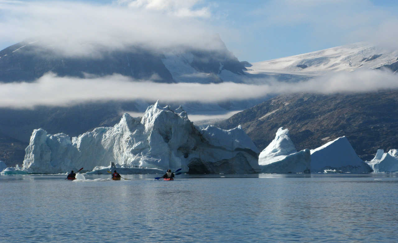 Kayak de mer et icebergs