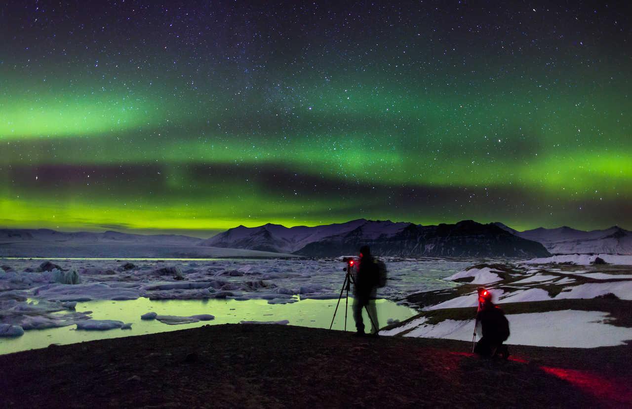 Observation d'aurores boréales en Islande
