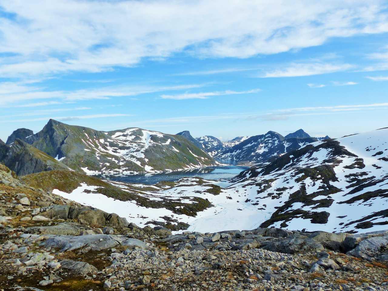 Paysage de Norvège, Senja sous une fine couche de neige