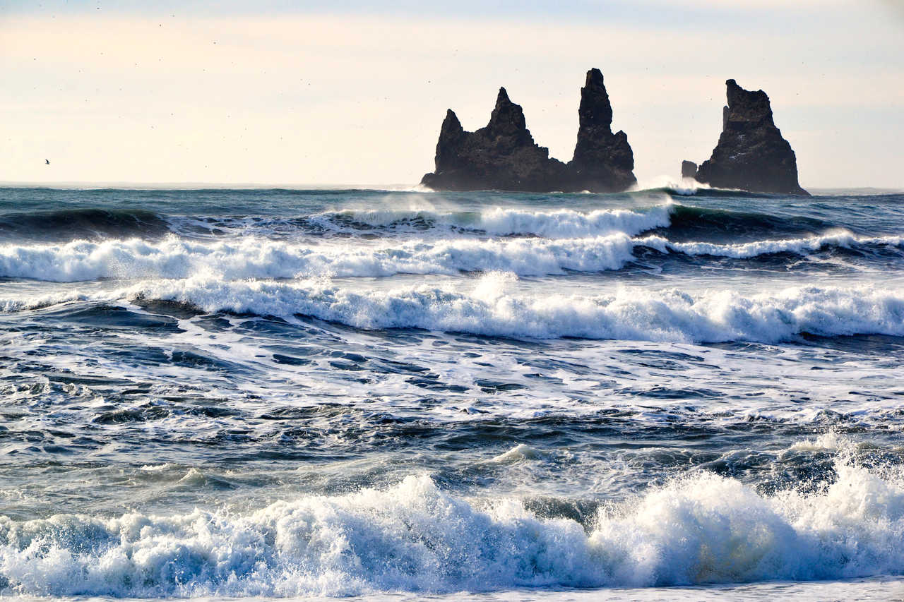 Plage de sable noir de Vik en Islande