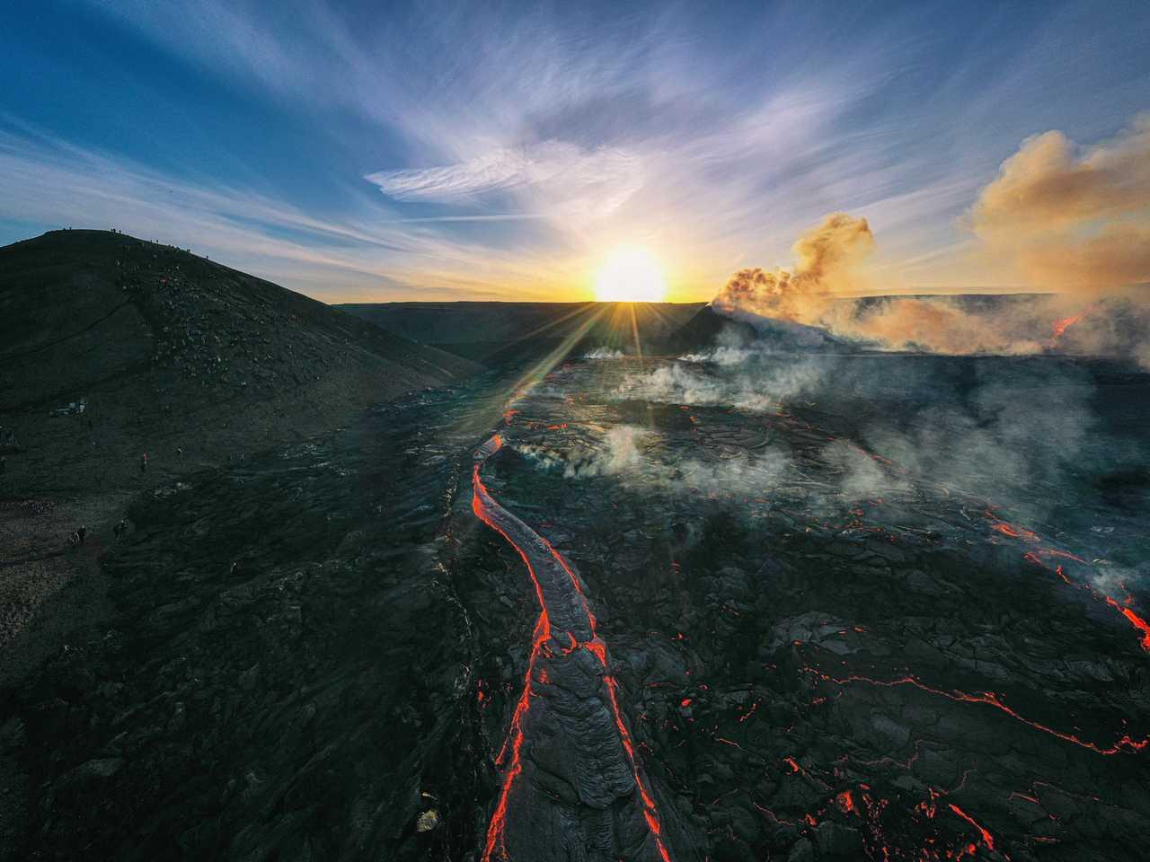 Volcan en éruption en Islande à Fagradalsfjall