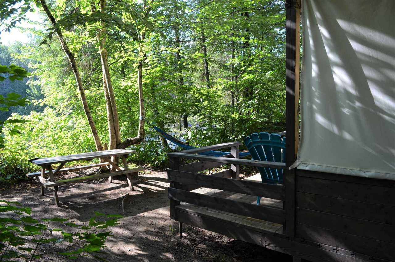 Eco-tente au Québec