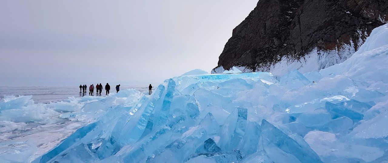Glace du lac Baikal, Sibérie