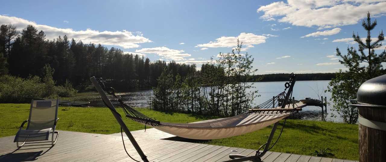 Hamac et détente en Finlande l'été