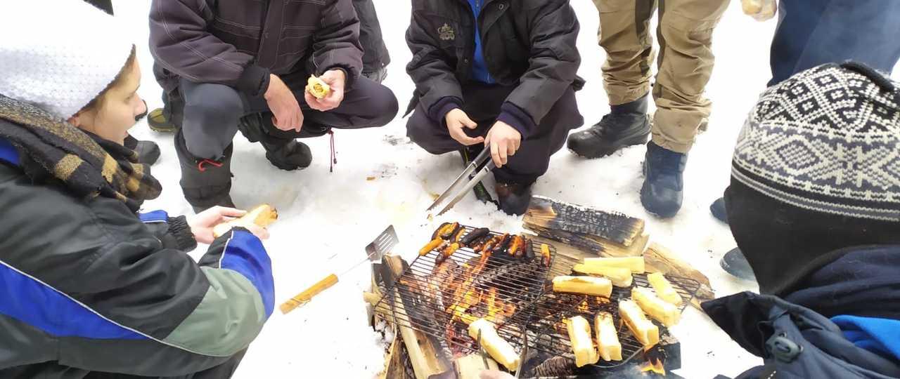 Journée trappeur et feu de camp au Canada