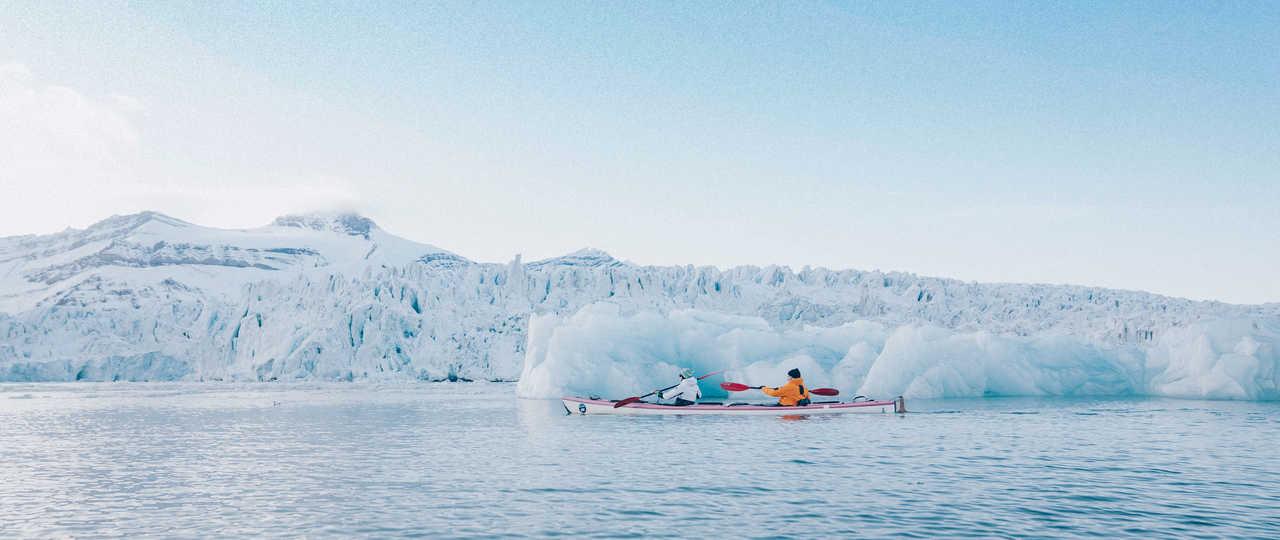 Kayak de mer au pied des glaciers, Svalbard