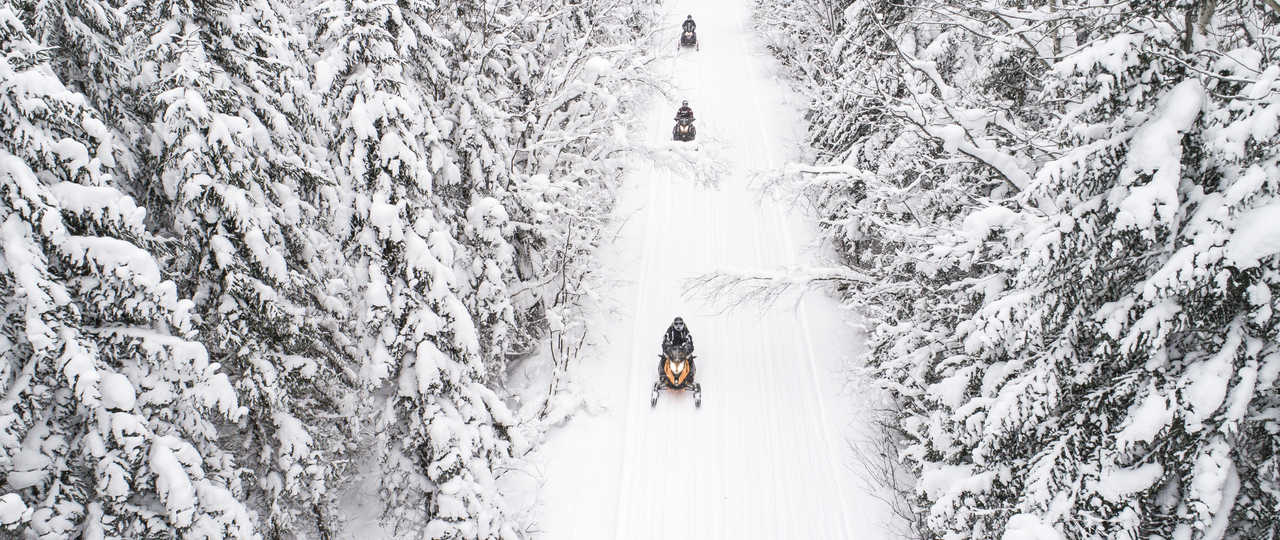 Motoneige au Canada, Québec