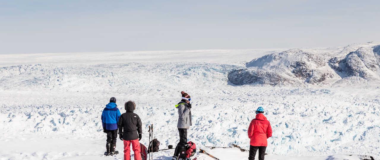 Pause devant la glace de l'Icefjord, Groenland