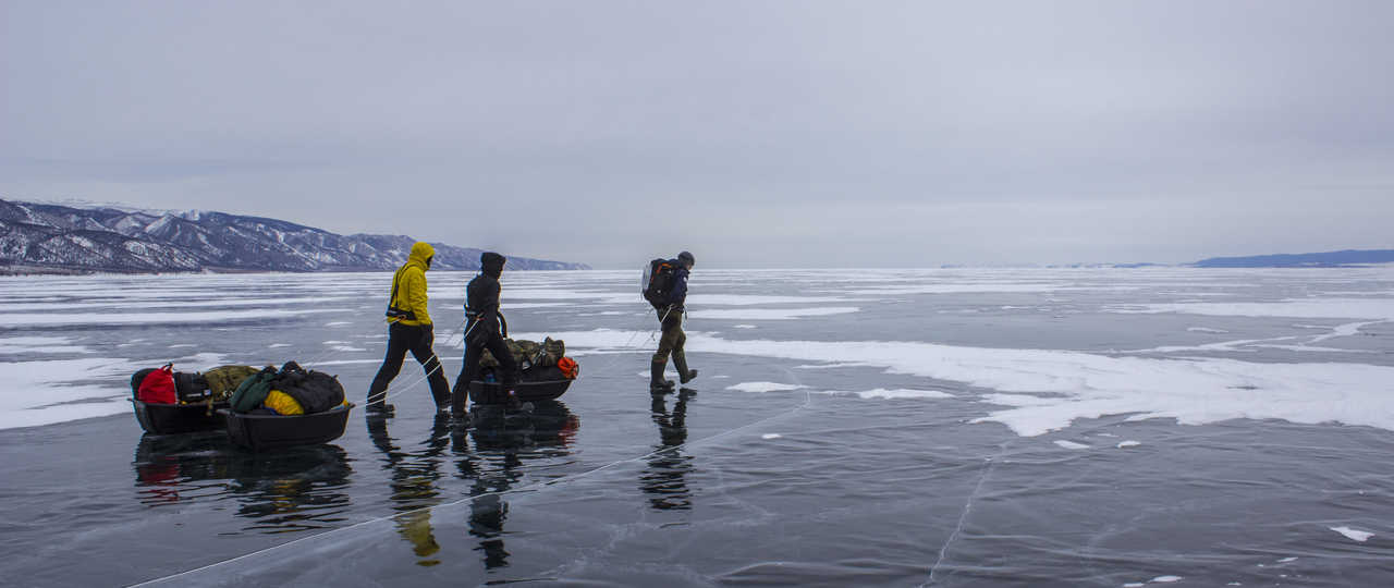 Randonnée glace lac baikal Russie