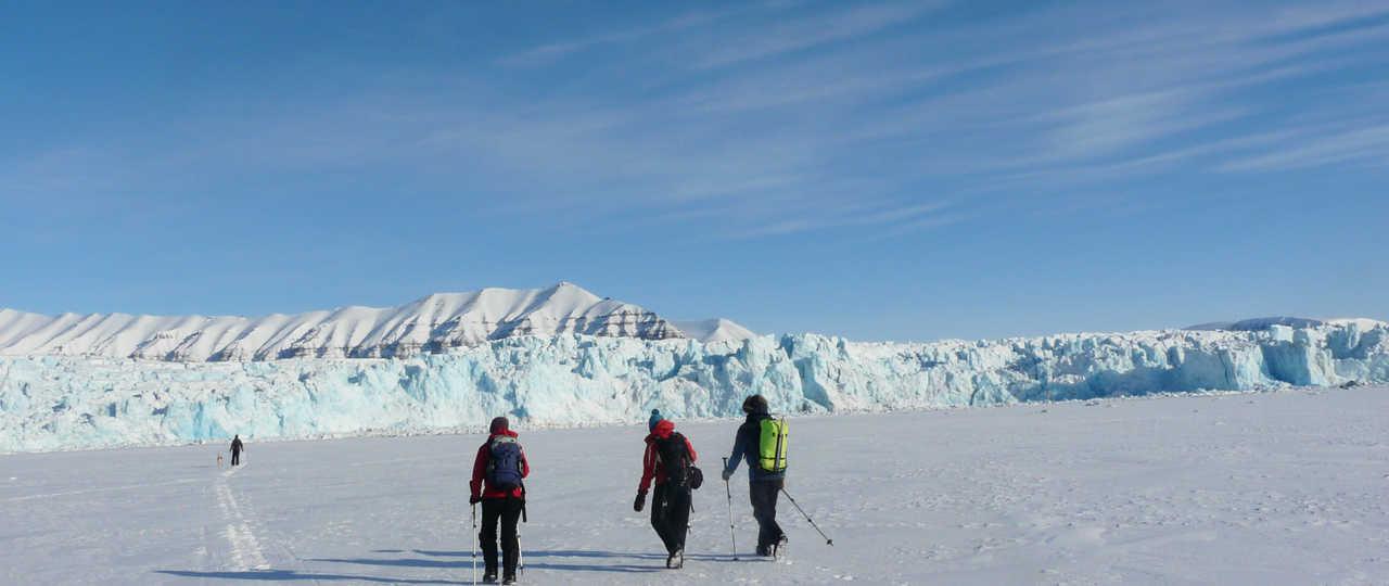 Randonnée sur la banquise arctique, Svalbard