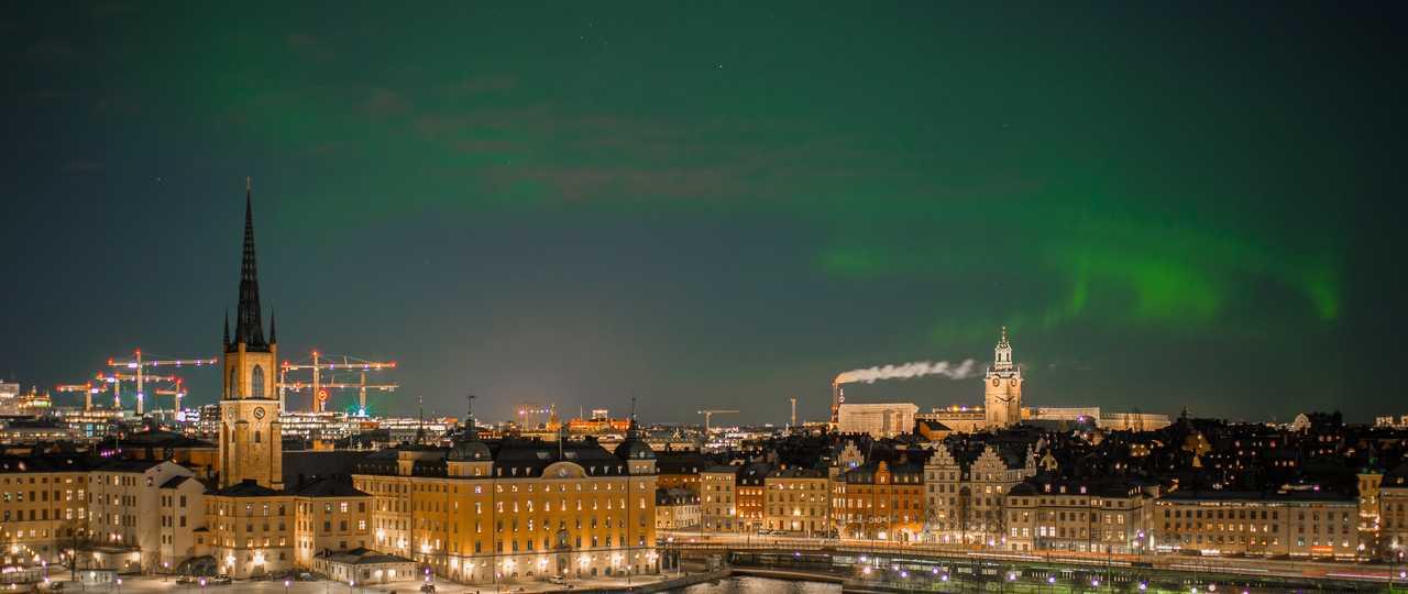 Stockholm sous les aurores boréales
