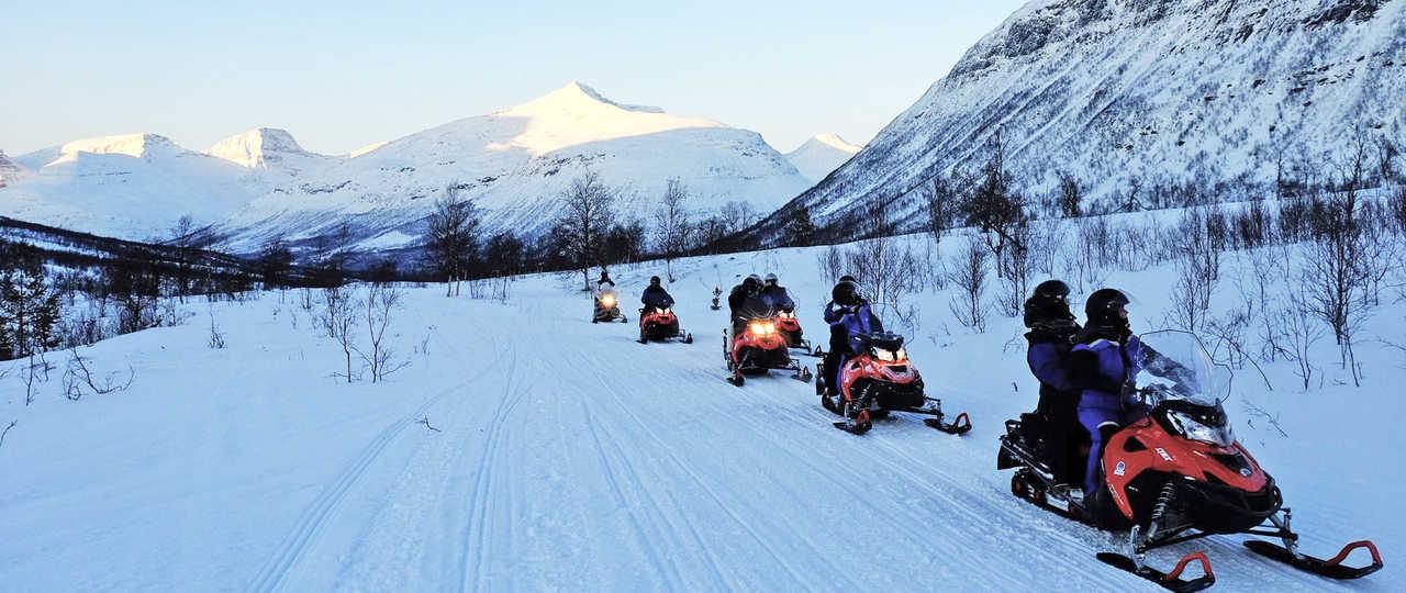 motoneige lors d'un voyage en Norvège