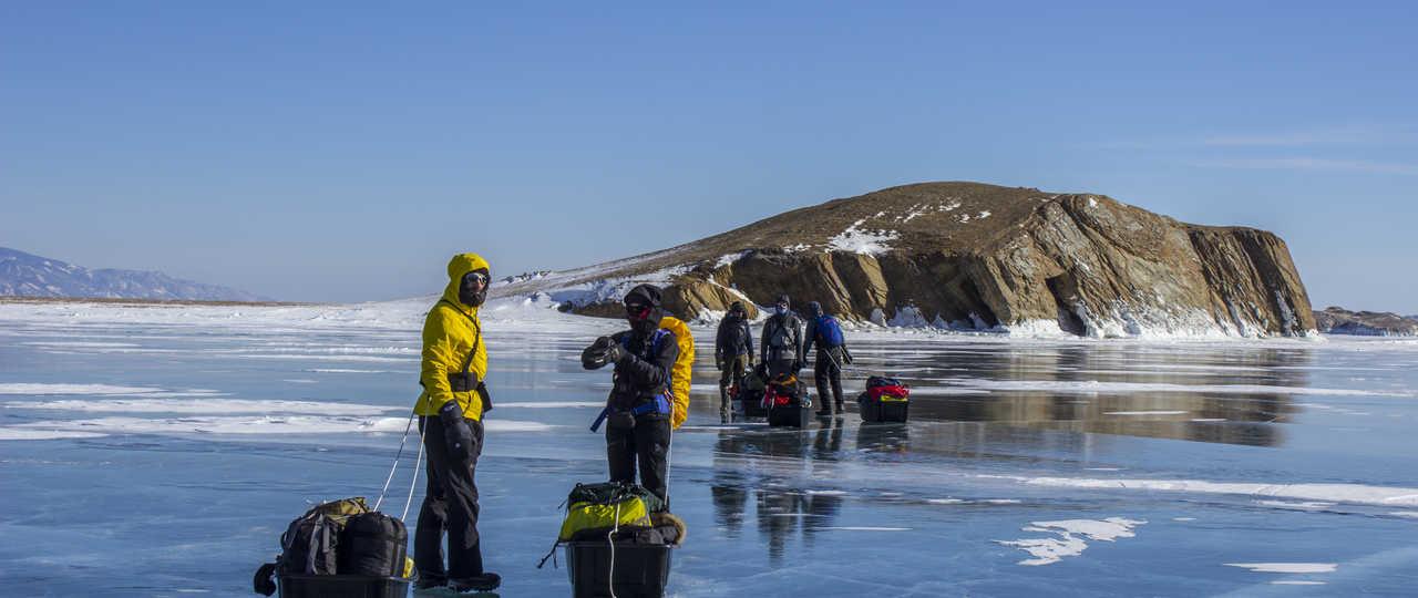 Voyage en groupe sur le lac Baikal