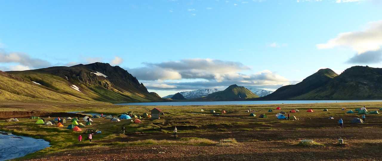 Photo d'un bivouac lors d'un trek en Islande
