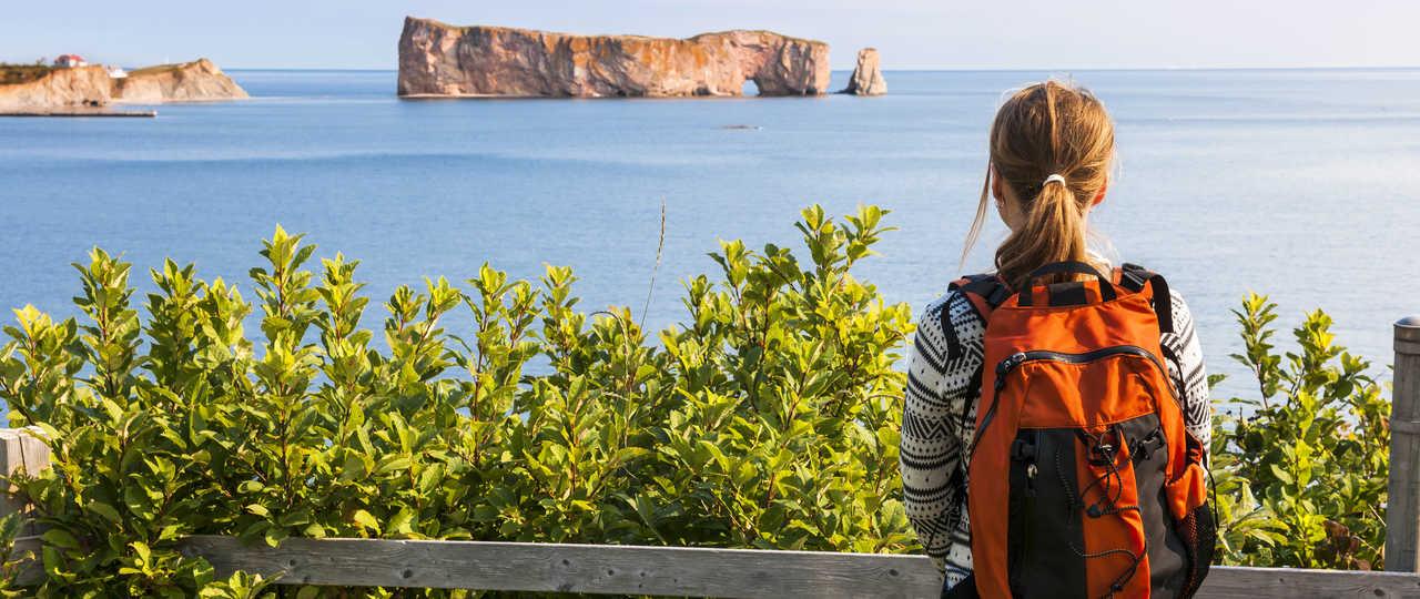 Vue sur le rocher percé au Québec