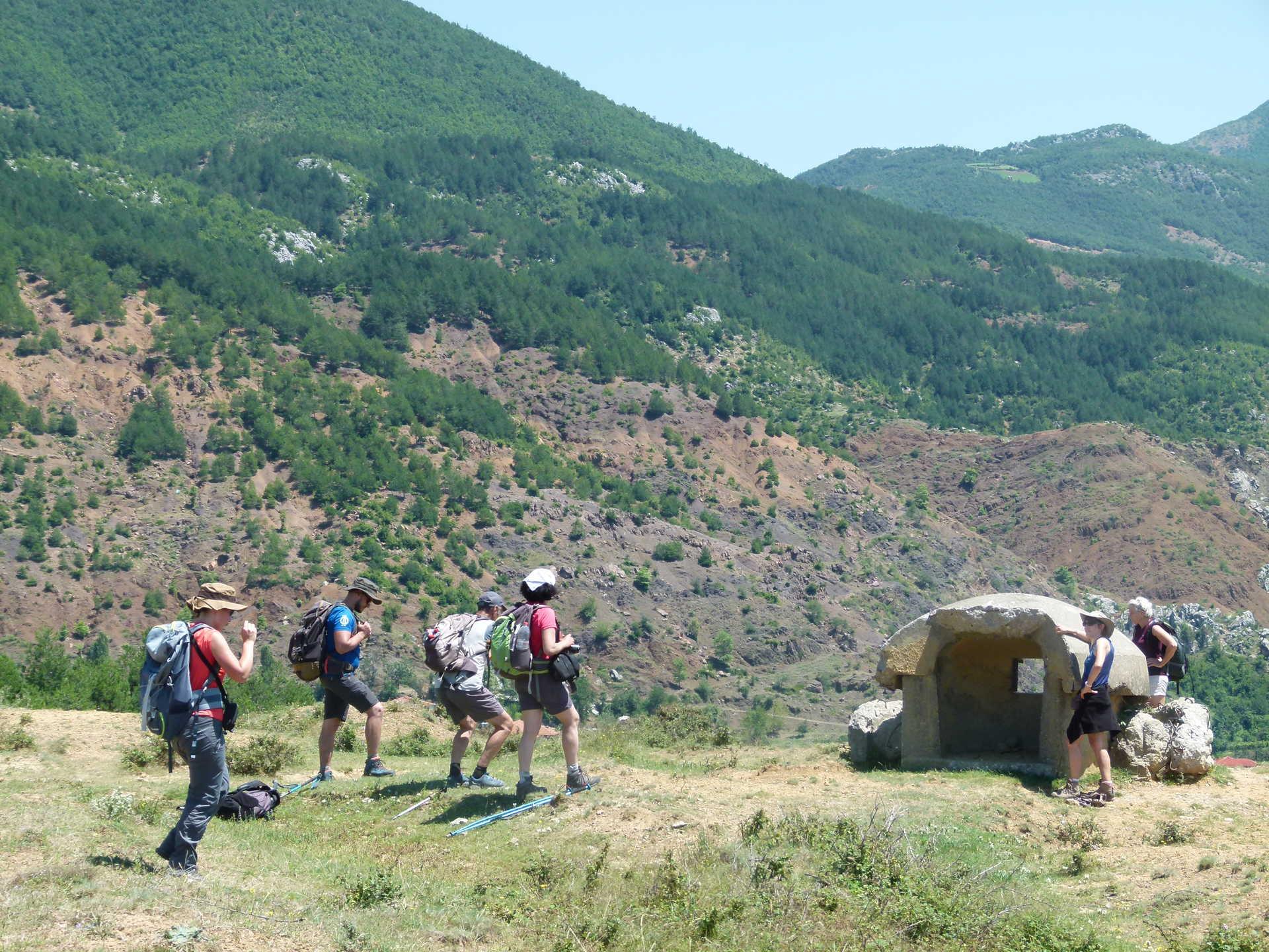 Albanie, bunker dans entre Sirice et Miraq
