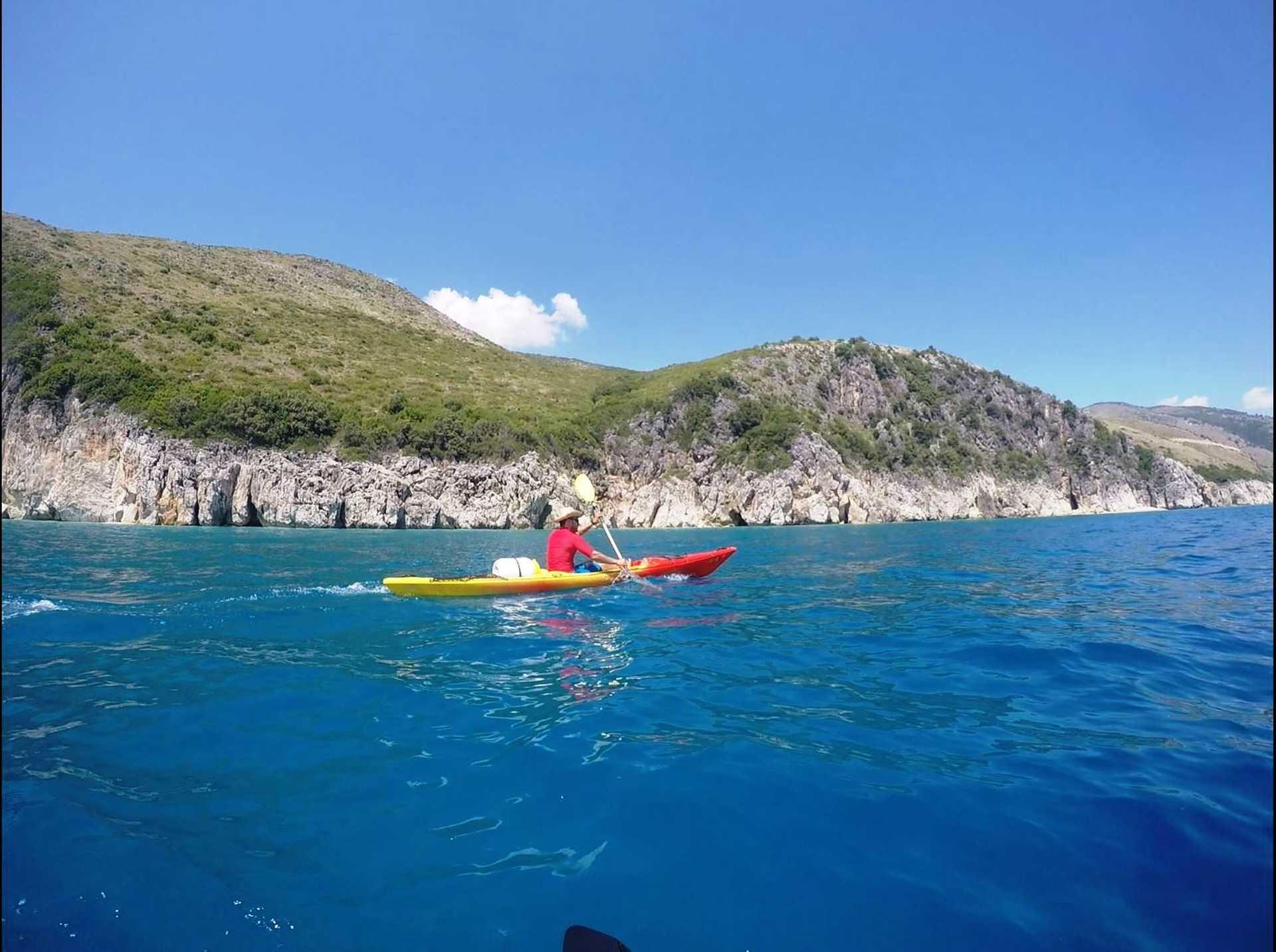 Albanie, kayak en mer Ionienne