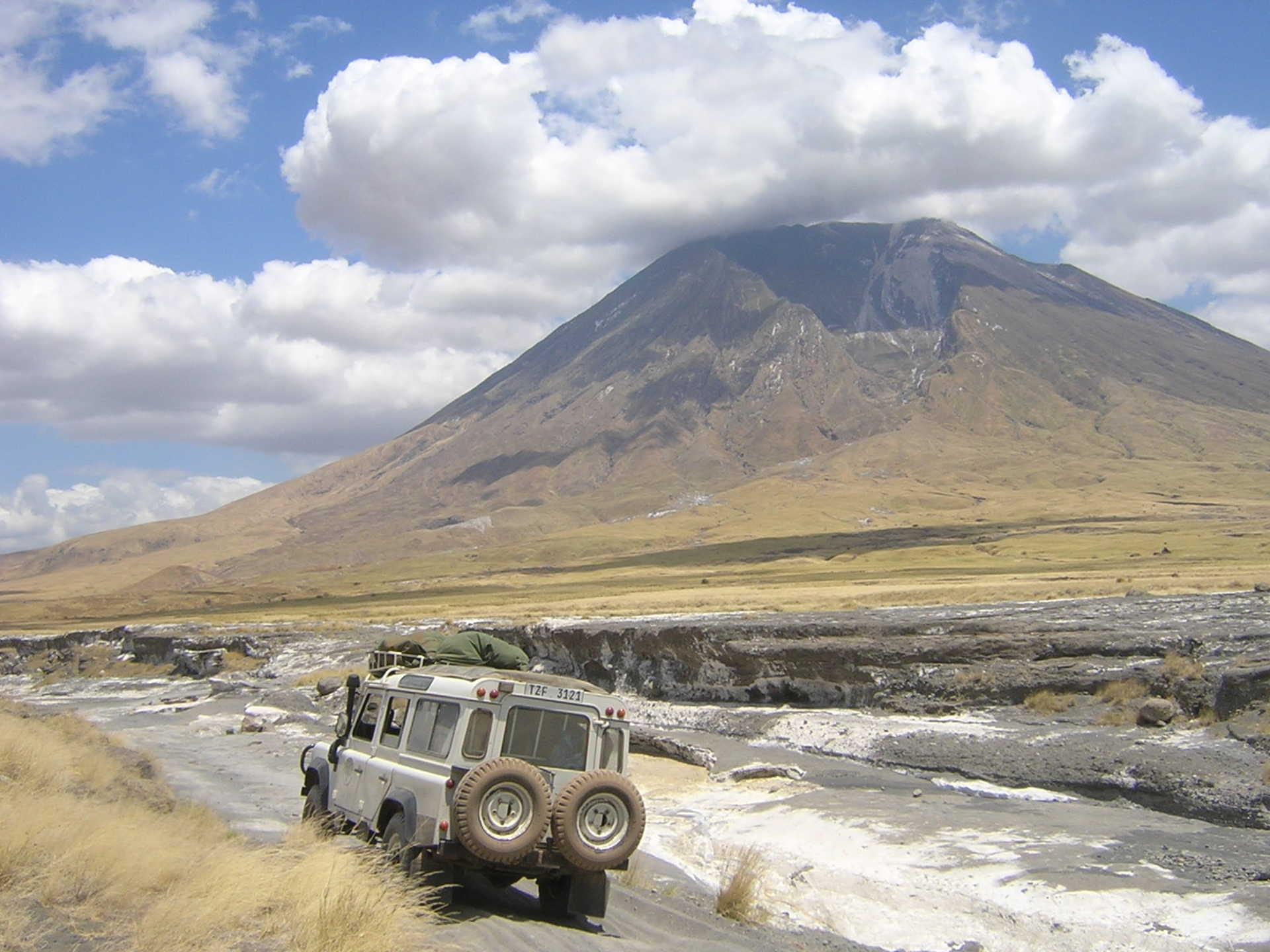 Expédition en 4x4 dans la vallée du Rift en Afrique
