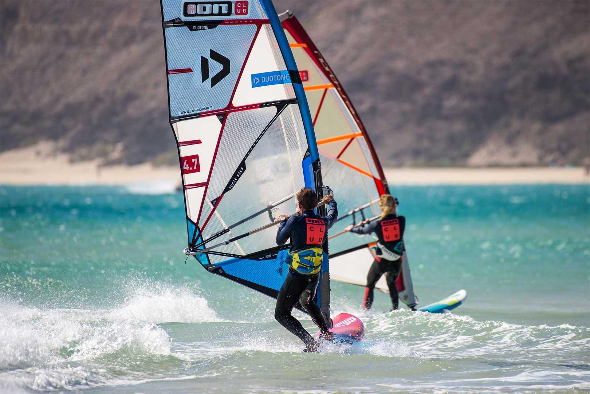 windsurf session à Risco Del Paso avec ION CLUB