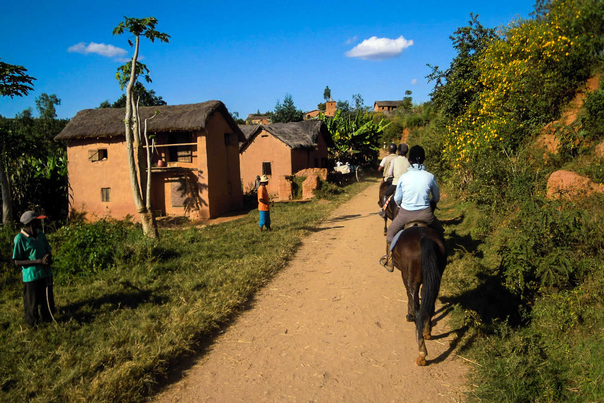 Madagascar à Cheval, village