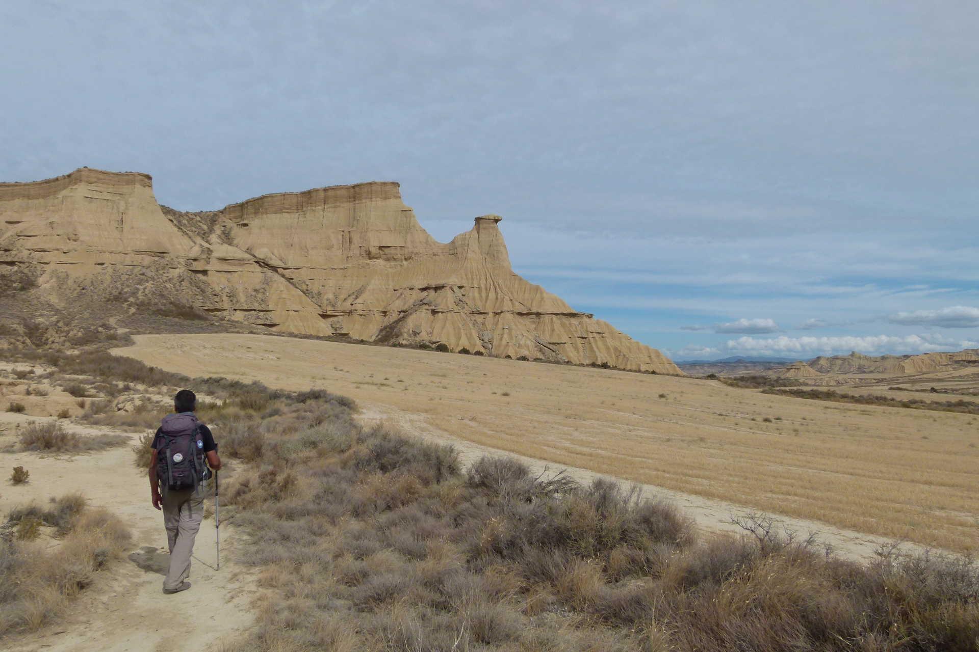 Marche dans le désert des Bardenas Reales