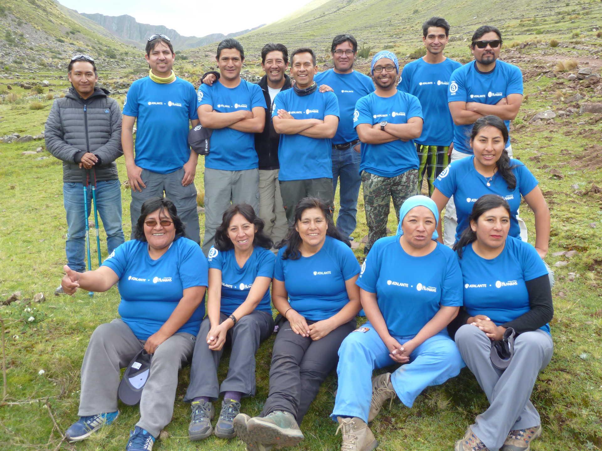 Notre équipe locale au Pérou en montagne