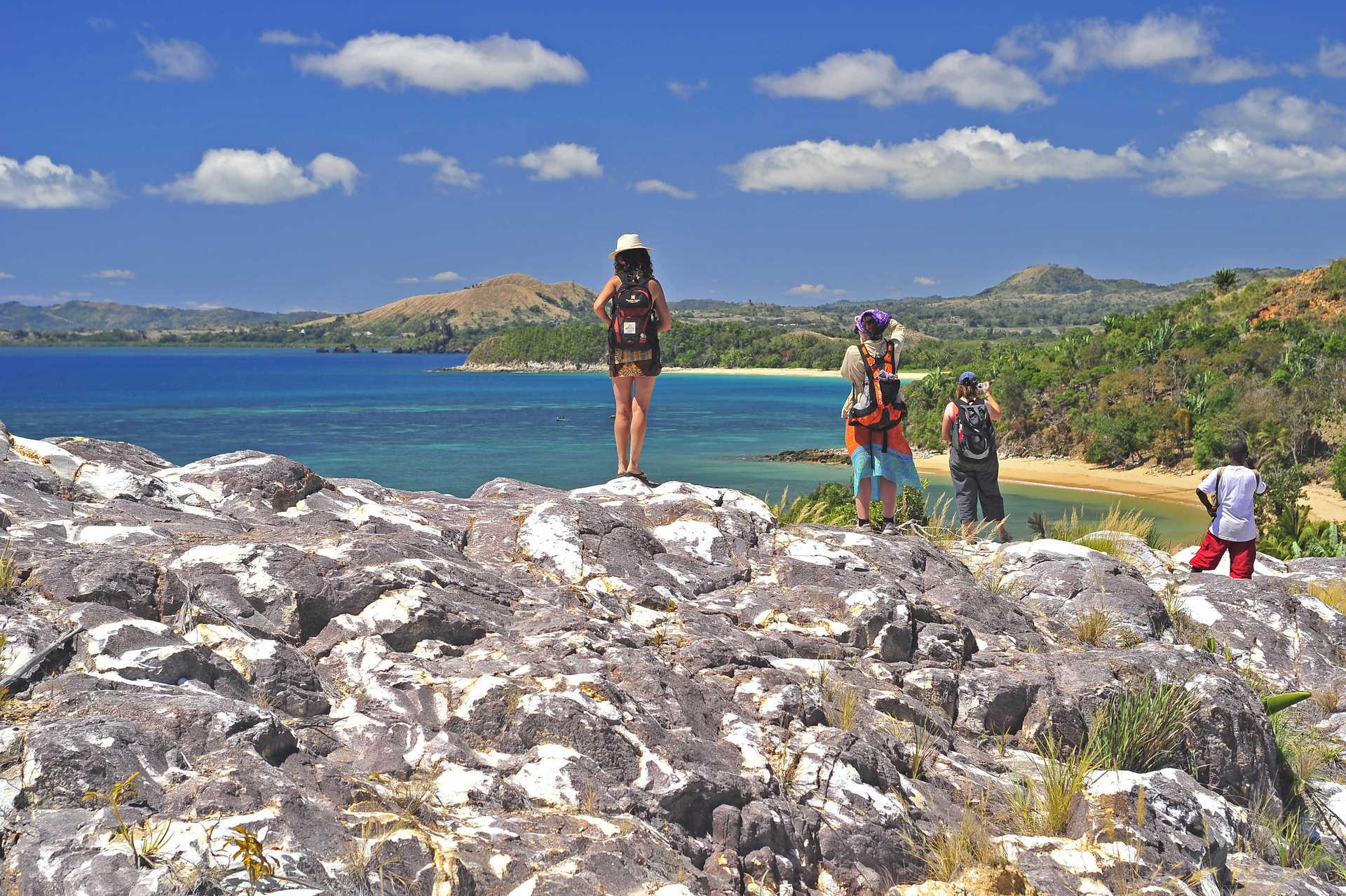 Plaisirs des randonnées côtières dans le Nord de Madagascar