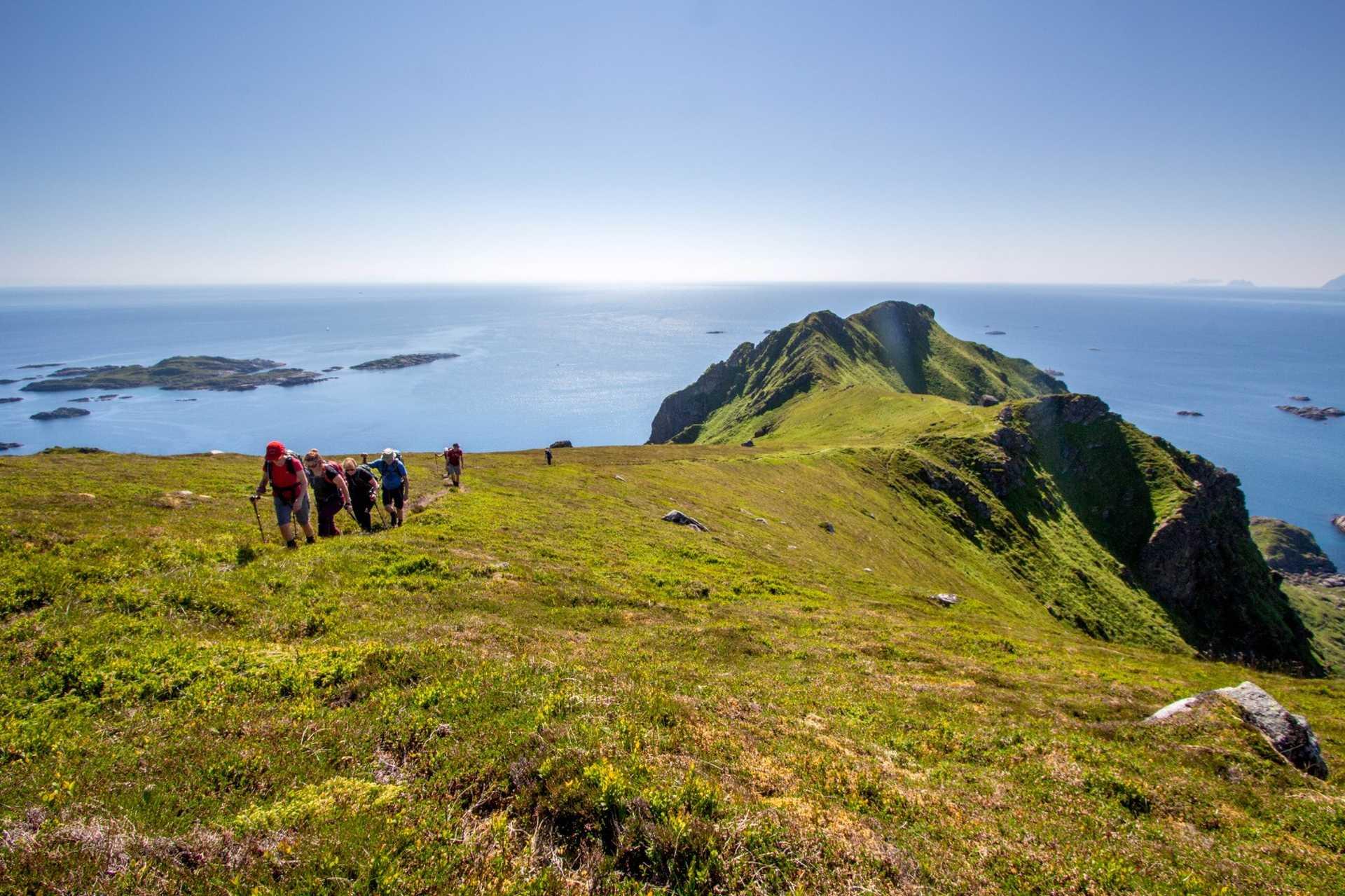 Randonnée dans les îles Lofoten en Norvège
