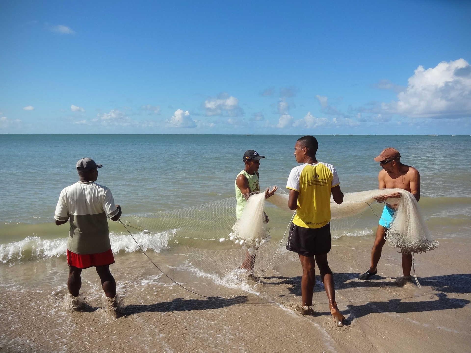 Rencontre avec les pêcheurs sur l'île de Boipeba