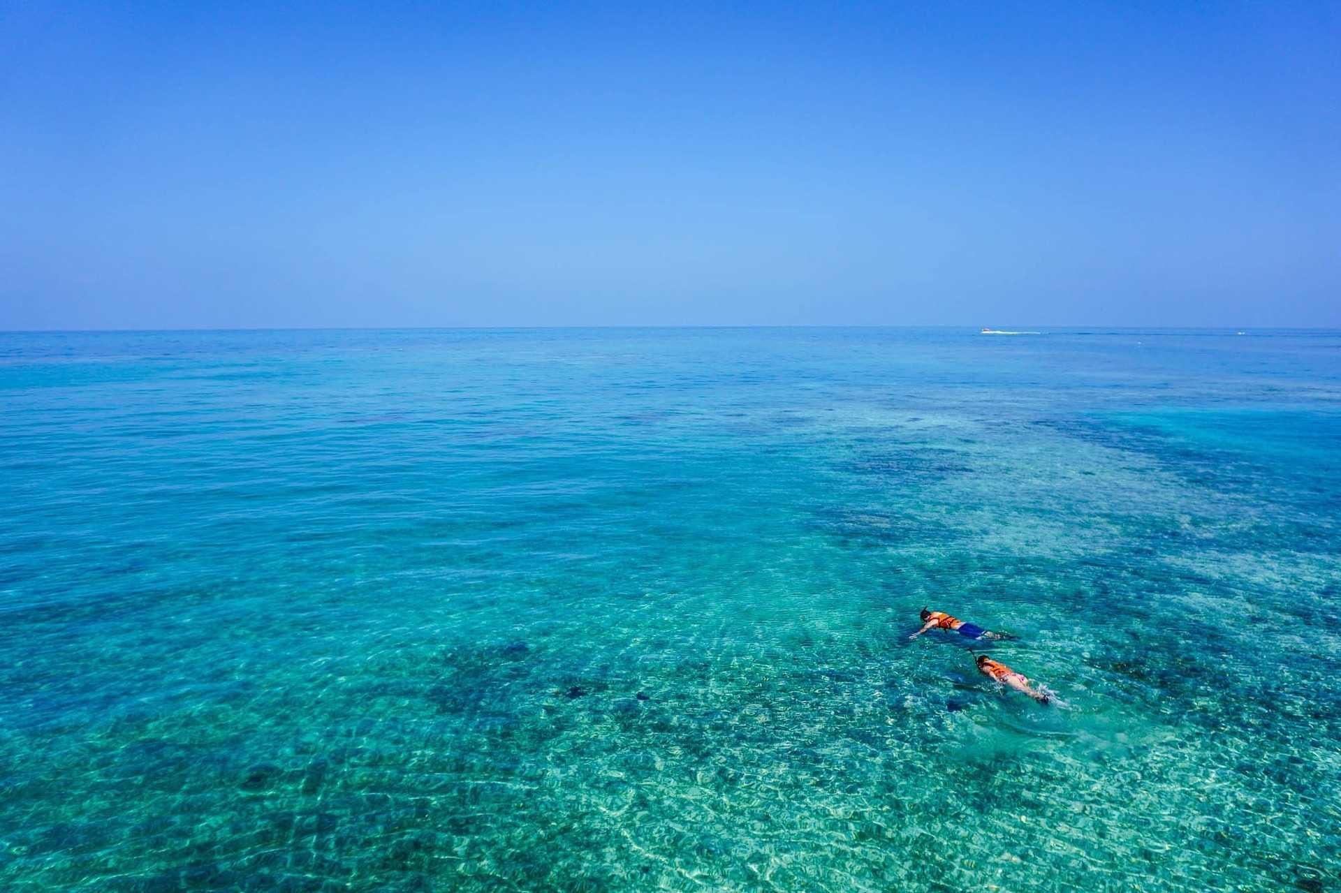 Snorkeling dans les eaux tropicales de Colombie