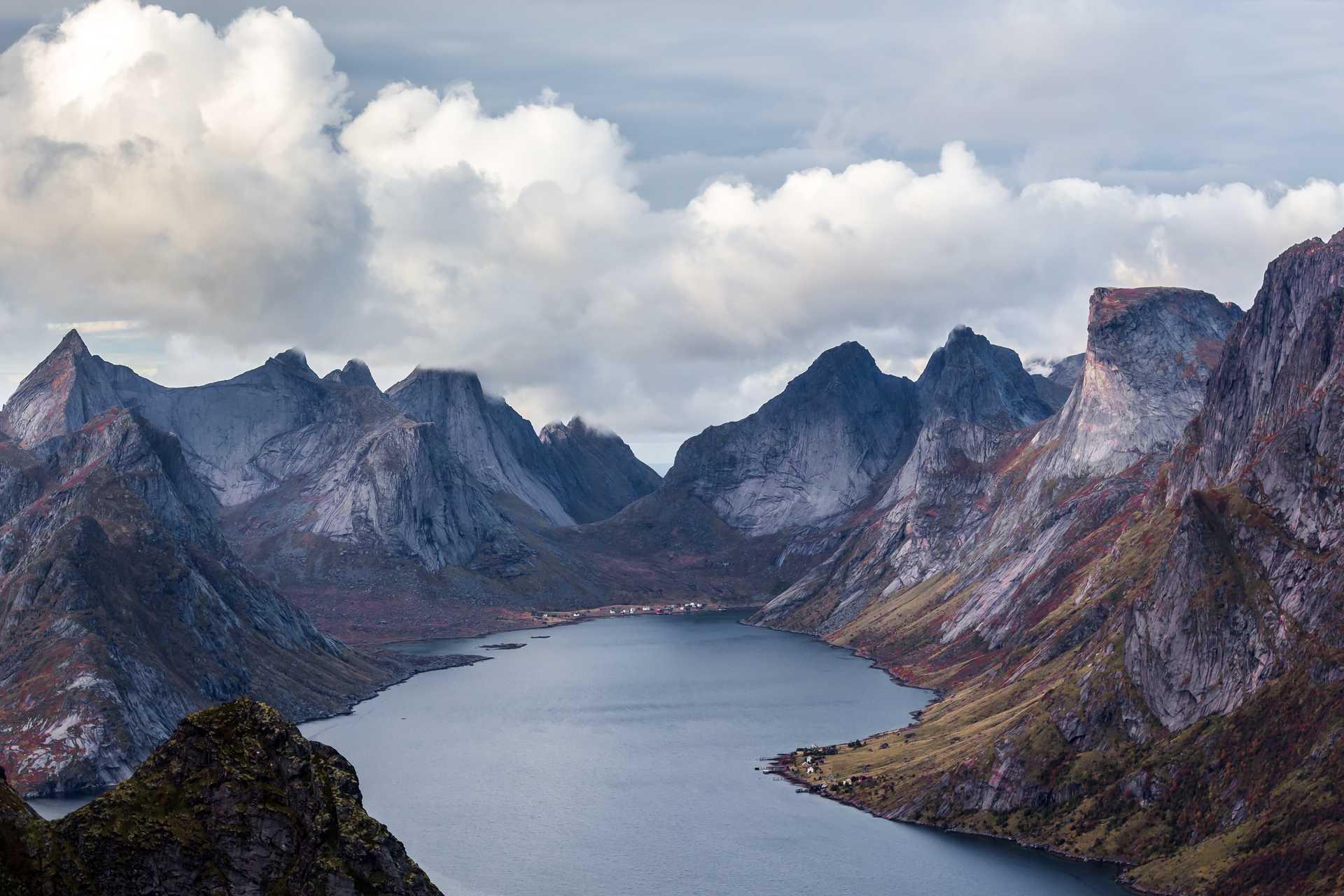 Steinfjorden sur l'île de Senja