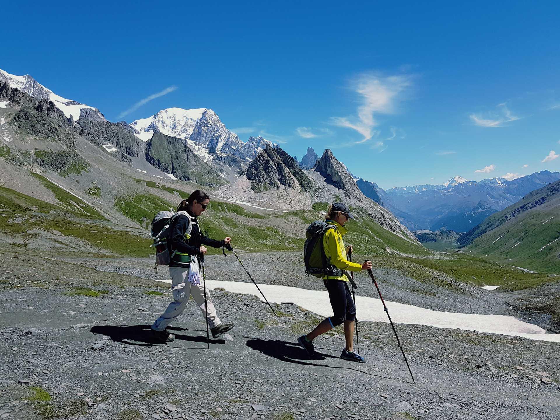 Tour du Mont Blanc dans les Alpes
