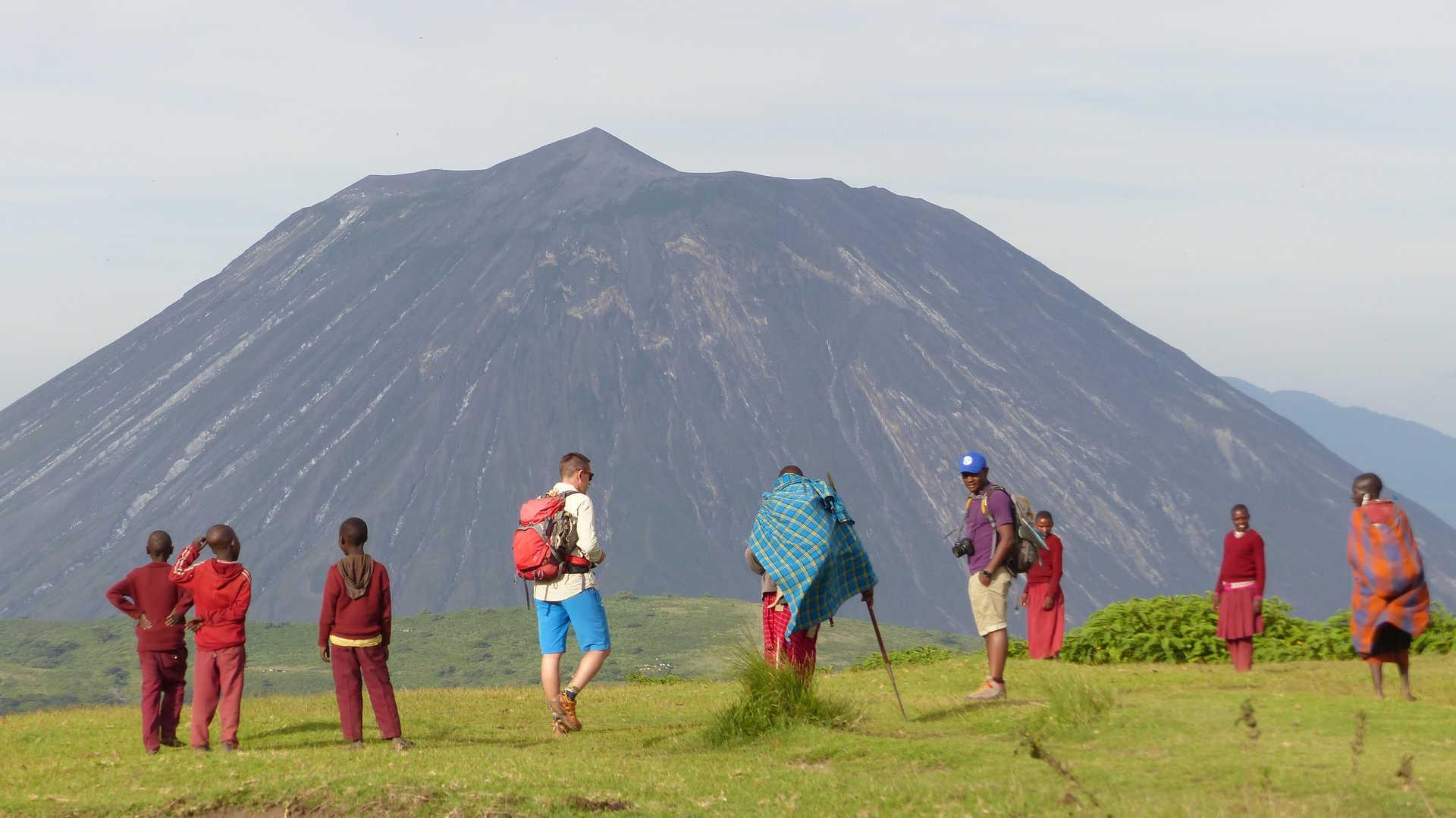 Trek en compagnie des masais et volcan Lengai