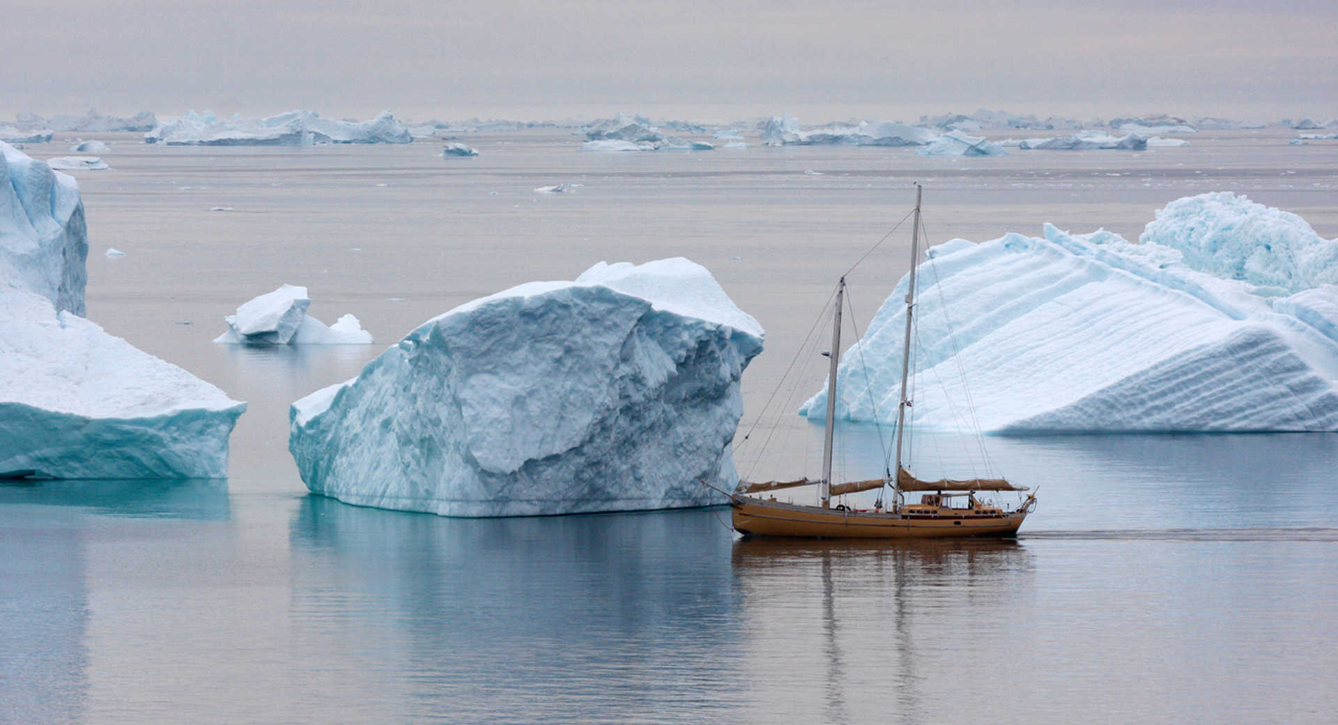 Photo du voilier la Louise Icebergs