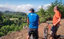 A vélo avec notre guide à Madère