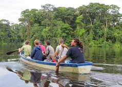 découverte du parc national Tortuguero en canoë