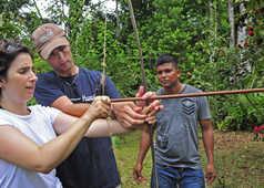 initiation au tir à l'arc chez les Bribris